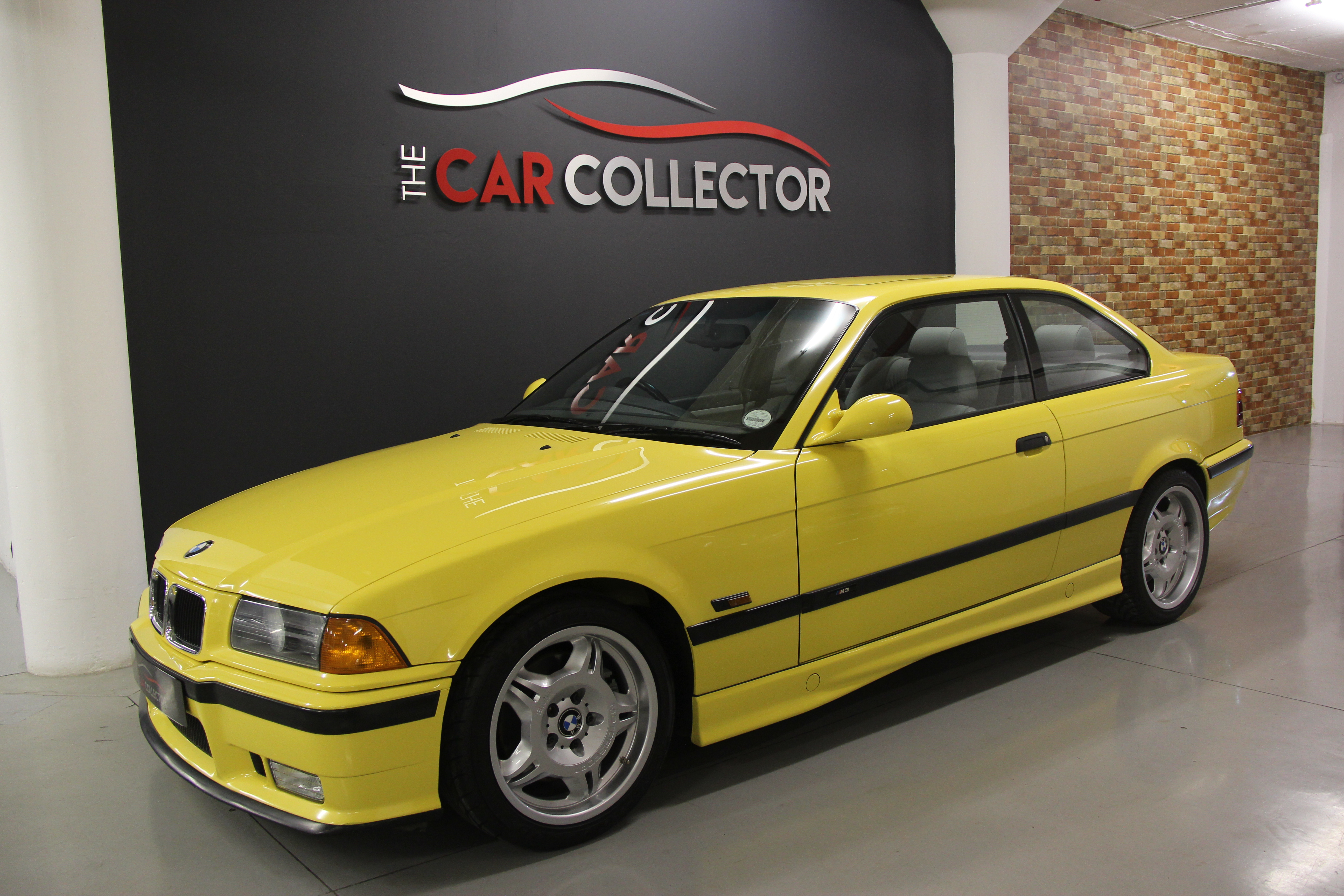 bmw e36 m3 coupe the car collector. Black Bedroom Furniture Sets. Home Design Ideas
